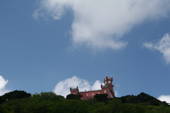 Pena_palace_from_afar_2