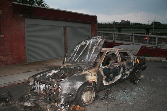 Burned_car